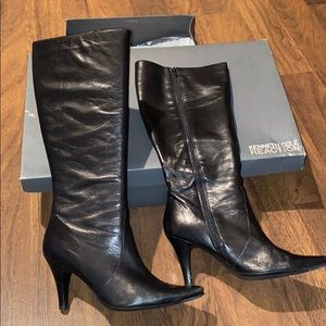 Kenneth Cole Reaction Go Along heeled boots 10